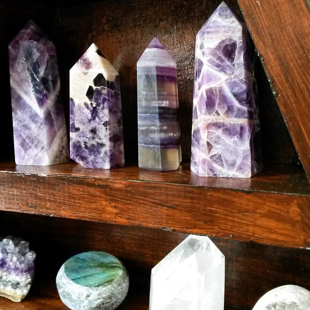 Crystals and Crystal Points on display