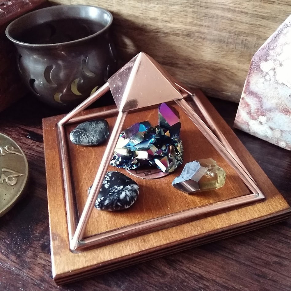 Cleansing Crystals With a Copper Pyramid - Ethan Lazzerini