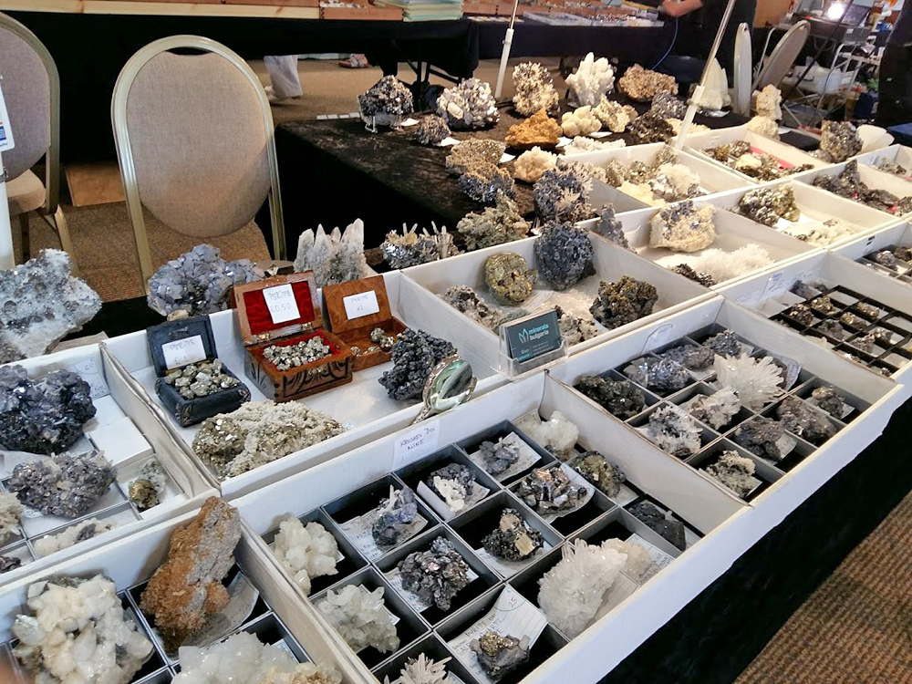 Raw crystal and mineral specimens at the Rock and Gem Show