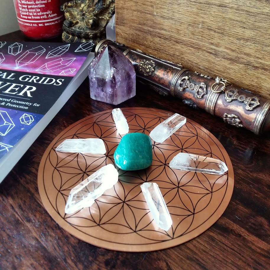 Simple Flower of Life Crystal Grid with copper base