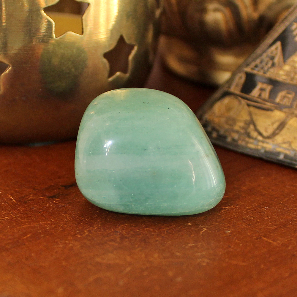 Green Aventurine heals the Heart Chakra