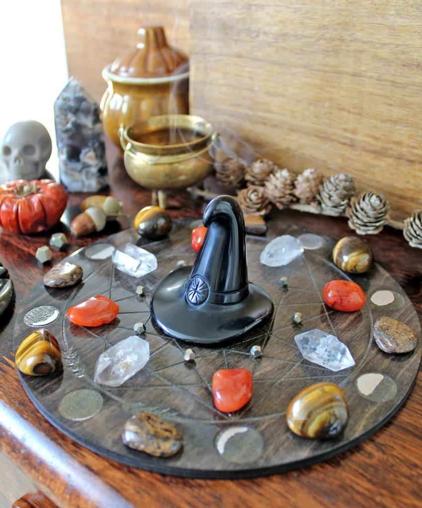 Halloween / Samhain crystal grid