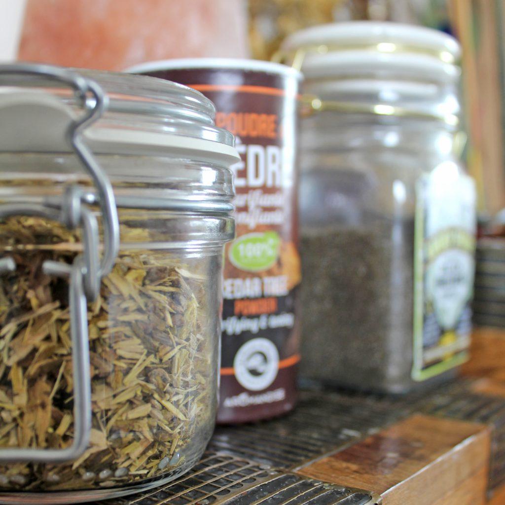 Loose incense and powder incense